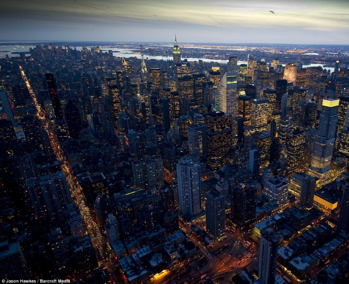 New-York-from-above-at-night-3