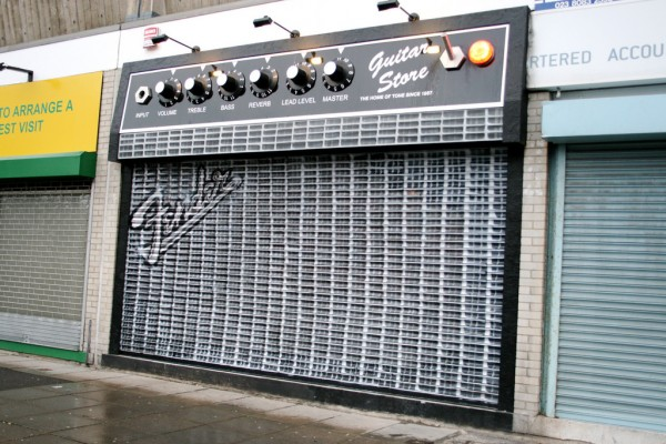 Fender-Store-Front-Amp
