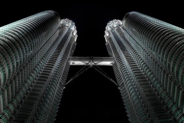 Petronas-Towers-5