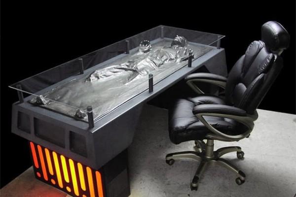 han-solo-office-desk
