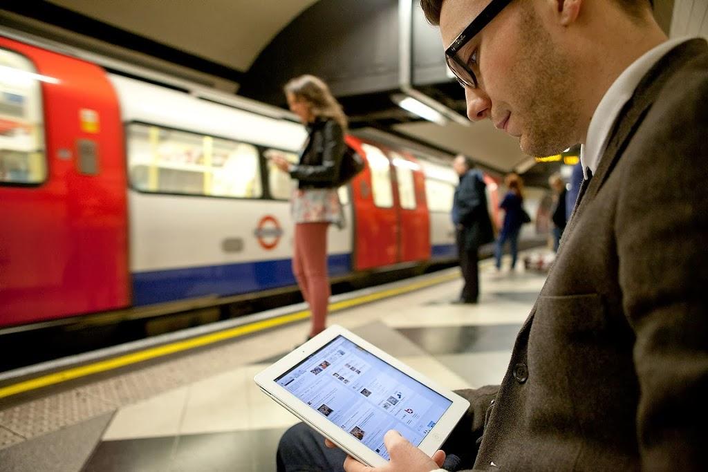 Virgin-WiFi-on-London-Underground-Tube_2