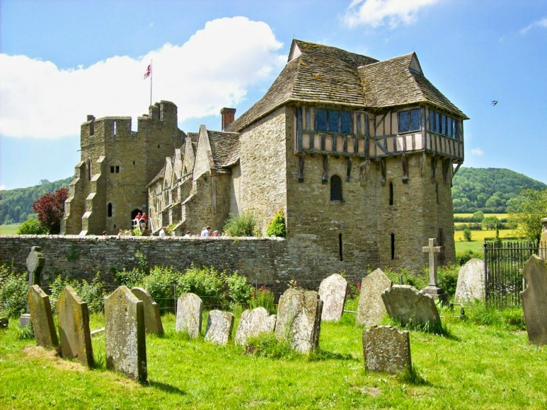 20 Coolest Castles To Visit In Uk Cool Things Collection