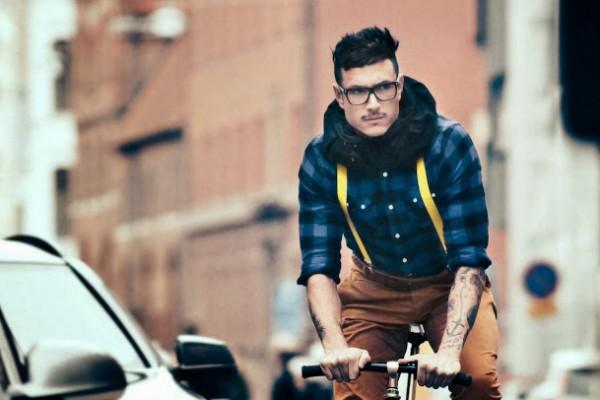 invisible_bike_helmet_2
