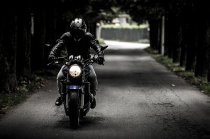 5 motorcycle clothing tips for riding warm this winter