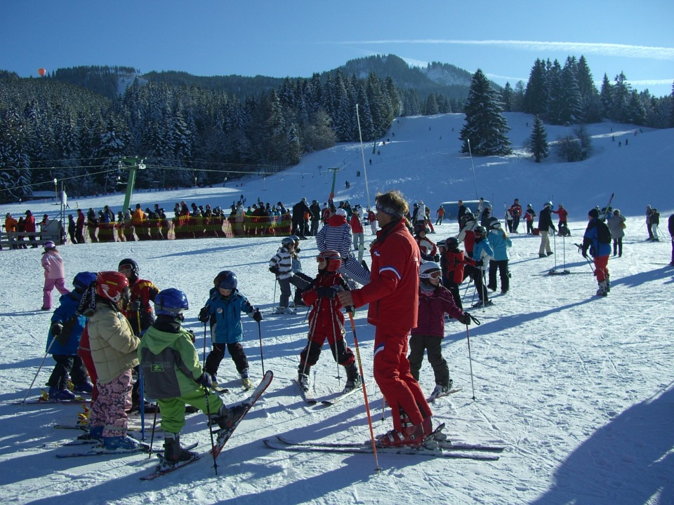 ski-lessons-249504_960_720