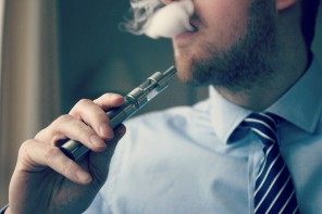 Extra 'Vape Breaks' for E-Cigarette Smokers? More than three quarters of Brits disagree