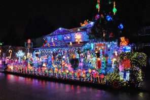 Collection Of Crazy Christmas Lights From Around The World