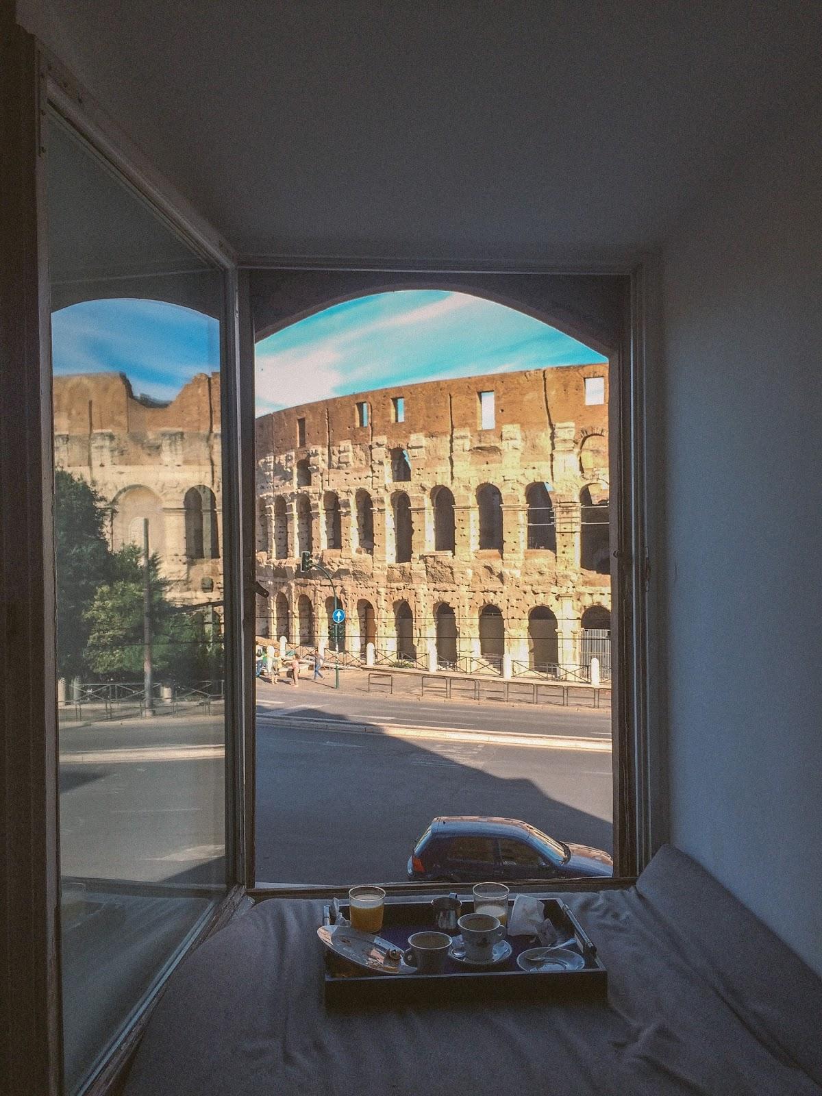 rome hotel opposite colloseum