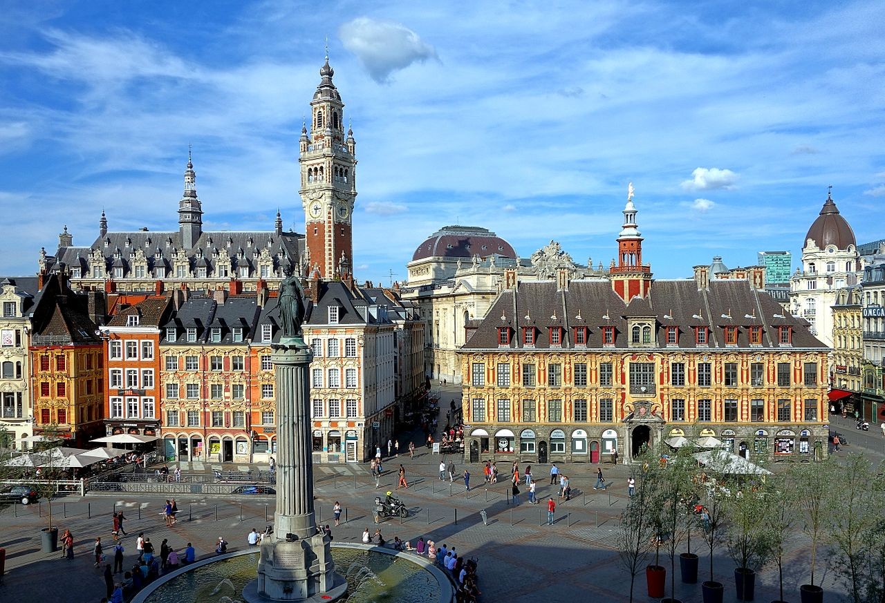 1280px-Lille_vue_gd_place