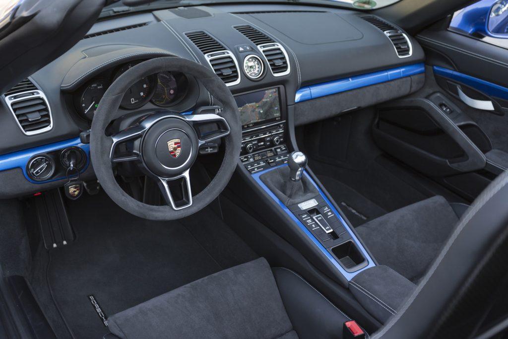 Porsche Boxster Spyder Interior