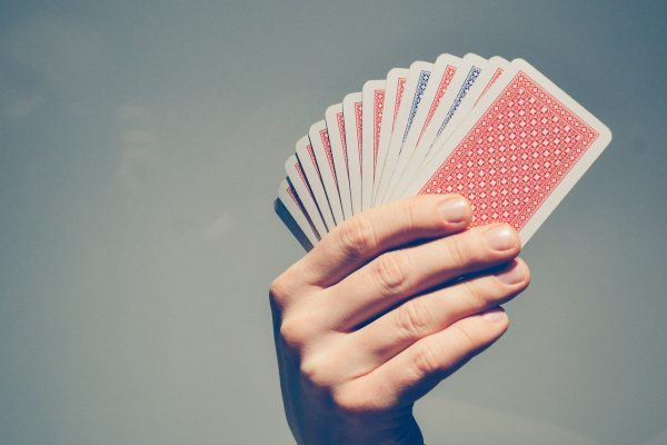 cards-2618440_1280