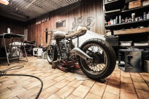 4 Essentials You Need in Your Home Garage