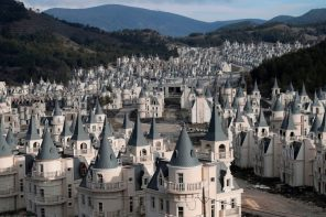 Abandoned Turkish Chateaux – Drone footage reveals unfinished luxury housing development